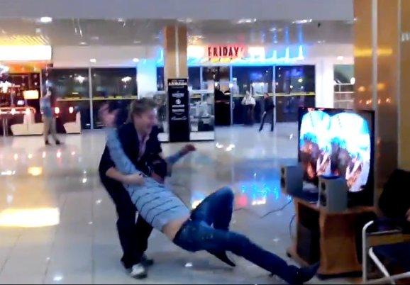 virtual-reality-roller-coaster-prank